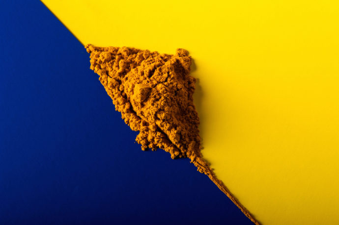 Turmeric blue yellow heap web res